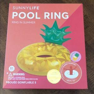Sunnylife pool ring